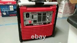 Honda EB2800i Gas-Powered Inverter Generator DISPLAY MODEL HAD FUEL IN IT