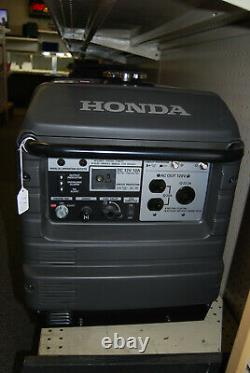 Honda EU3000is Inverter Generator Portable Gas Powered LOCAL PICKUP ONLY