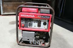 Honda Power Equipment EB3000C 3000W Portable Gas Industrial Generator
