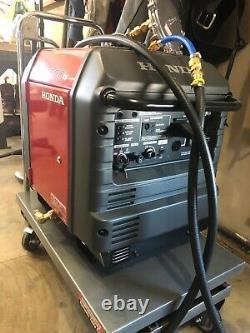 New Honda EU3000is Portable Gas Powered Generator Inverter. Gas/Propane/NG