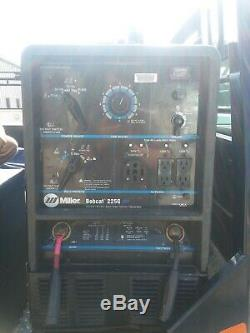 Miller Bobcat 225g Plus De Gaz Portable Powered Soudeur (utilisé) Avec Couvercle